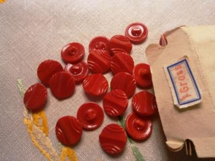 Red Art Deco Glass Button